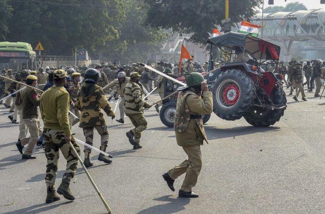 Tikait, Yogendra named: FIR against farmer leaders
