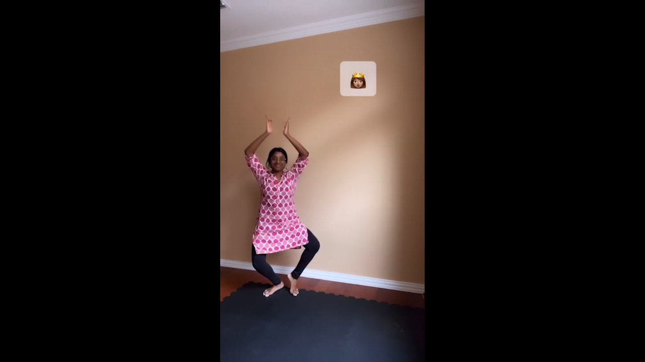 Girl shows how emojis would behave if they could walk, with a Bharatanatyam twist